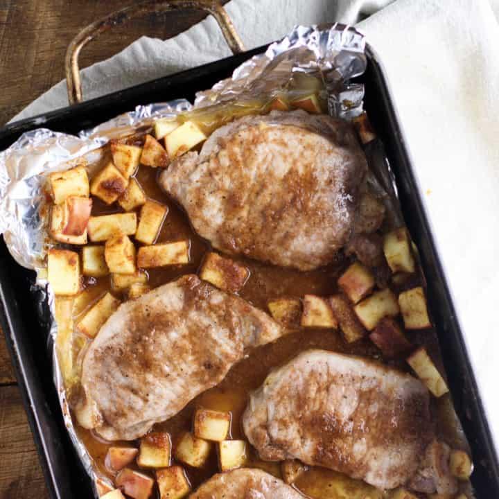 Apple Pie Pork Chops