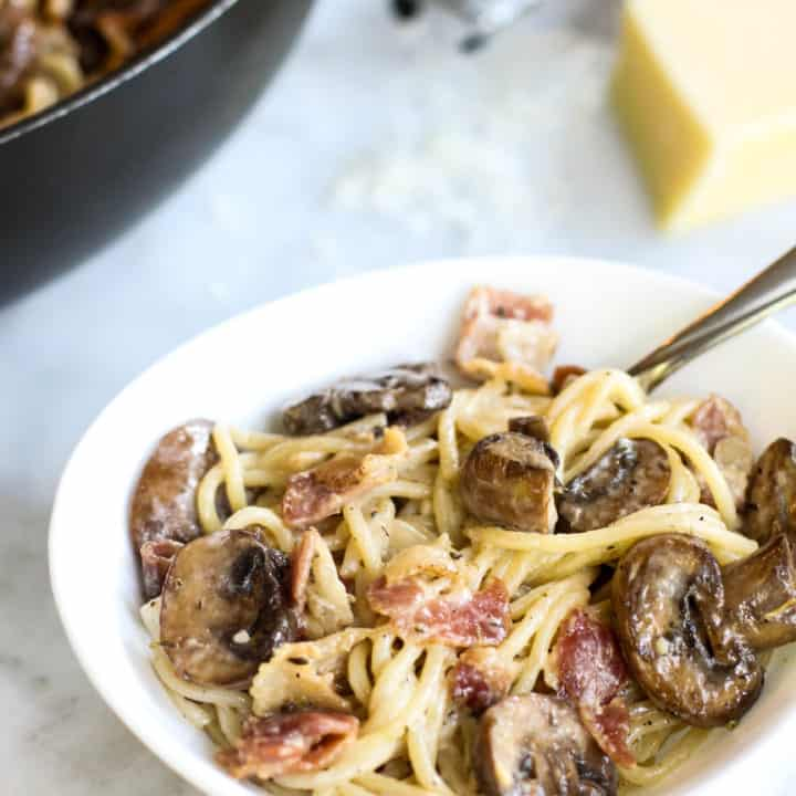 This Mushroom, Bacon, and Parmesan Spaghetti is so savory and easy to make!